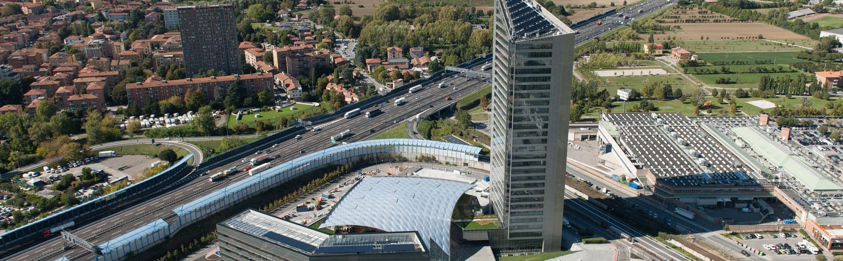 Torre_Unipol-Slide