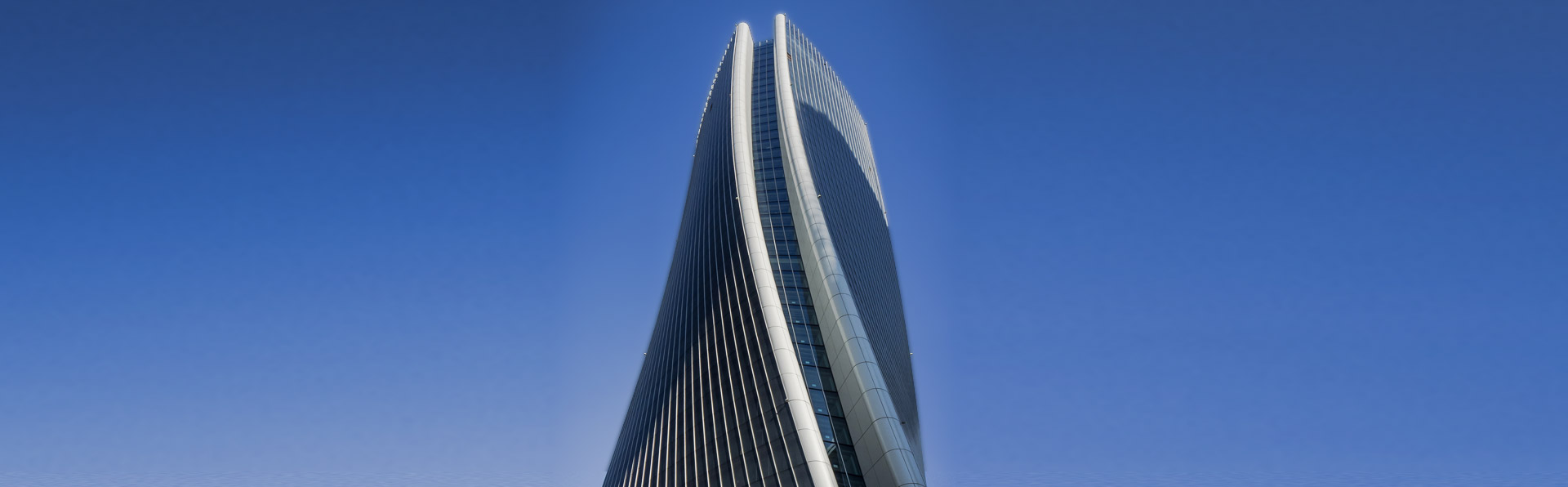 cmb-construction-torre-hadid-tower