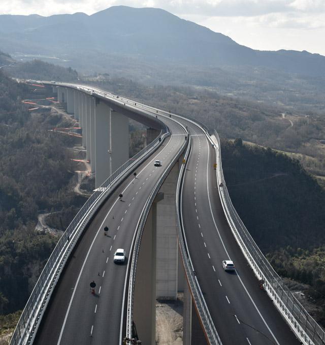cmb-infrastrutture-infrastructures-A3-autostrada-motorway-min