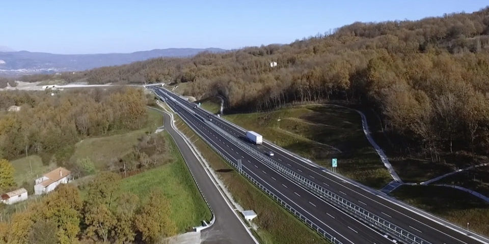 cmb-video-A3-highway-route-italy-home