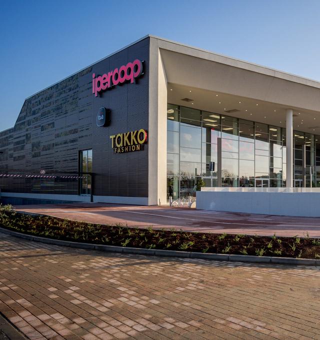 Brescia-Centro-Commerciale-Nuova-Flaminia-min